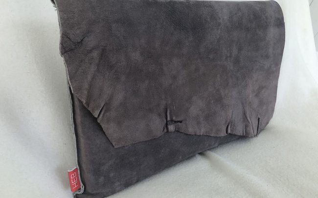 heb_custom_002_laptopsleeve_1